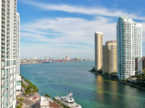 Miami-Commercial-Real-Estate.jpg